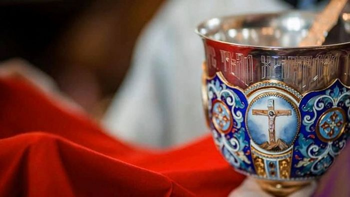 La ville de Toronto interdit à nouveau la sainte communion