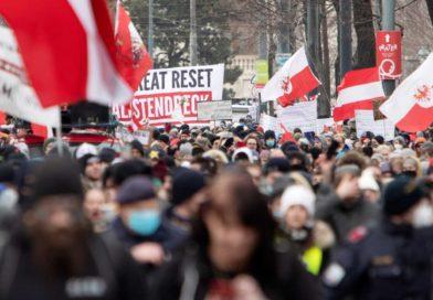 Autriche : Plus de 10.000 manifestants contre la dictature sanitaire